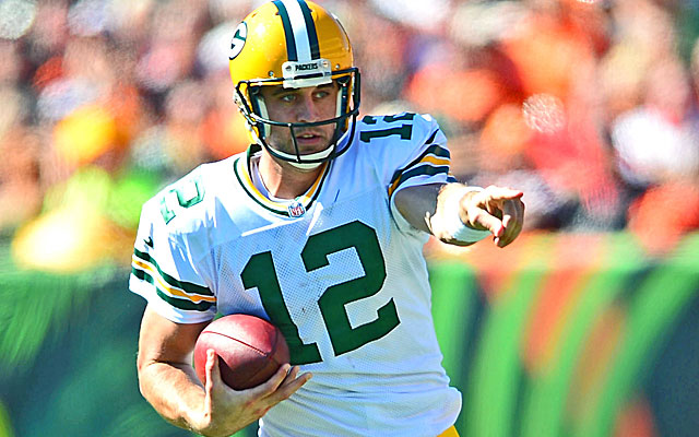 The Packers will need Aaron Rodgers to return to his old form to have a chance against Chicago.  (USATSI)