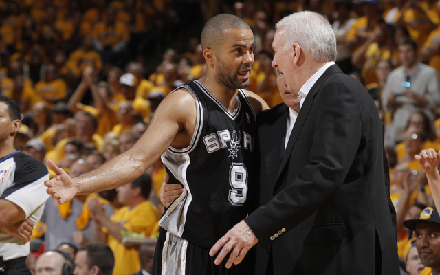 The Spurs lost a golden opportunity in Golden State Sunday.   (Getty Images)