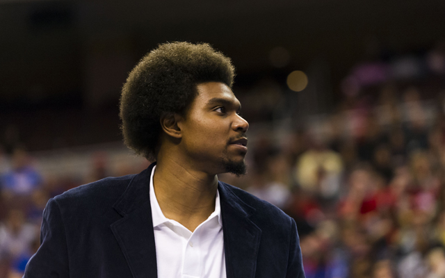 The Cavs have interest in Andrew Bynum.     (USATSI)