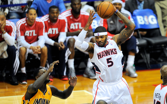 Josh Smith has options in free agency.    (USATSI)
