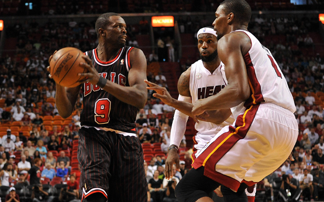 Deng is likely to miss Game 2. (USATSI)