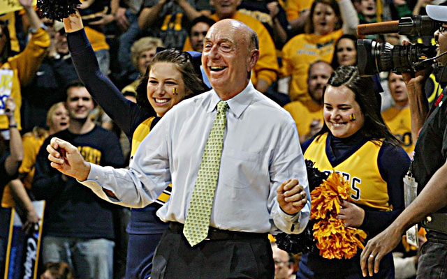 Dick Vitale is known to work over the crowd before and during basketball games. (USATSI)