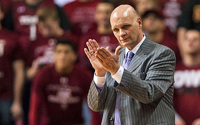 Phil Martelli's Hawks pushed UConn, the eventual national champs, to overtime in the Round of 64. (USATSI)