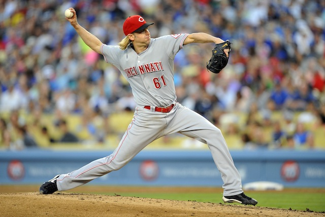 Longtime Reds right-hander Bronson Arroyo is headed to the desert. (USATSI)
