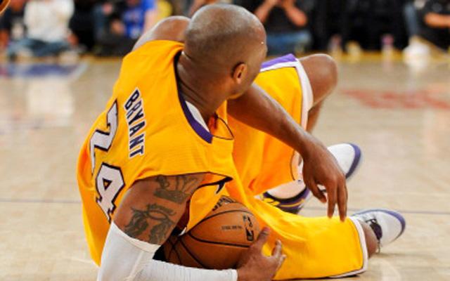 Kobe Bryant wants to return in late October.   (USATSI)