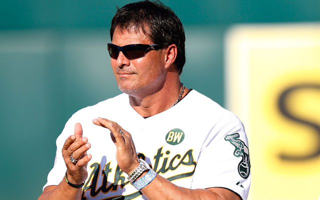 Jose Canseco reportedly shot himself in the hand on Tuesday.