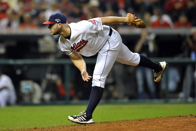 Justin Masterson and the Indians have agreed to a contract for 2014. (USATSI)