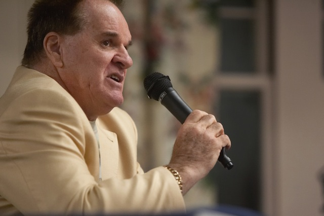 Pete Rose says he's sorry for his recent comments on gambling. (USATSI)