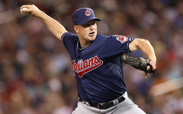 Indians place setup man Vinnie Pestano on DL with elbow tendinitis ...