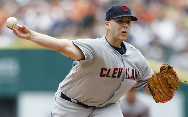 Justin Masterson is willing to stay, and the Indians should oblige their only ace.