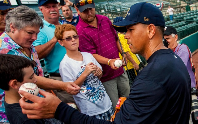 Alex Rodriguez's return to the Yankees could be delayed even further by a quad problem.