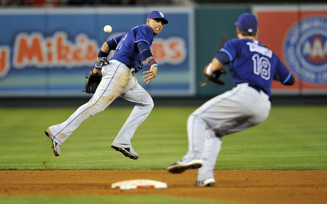 Double play partners Yunel Escobar and Ben Zobrist will be back with the Rays in 2014.