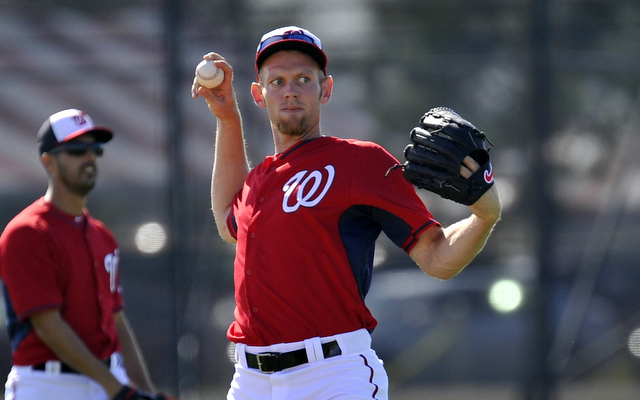 Will Stephen Strasburg finally be allowed to throw 200 innings in 2014?