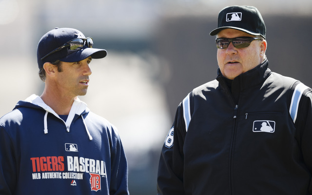 Brad Ausmus (l.) and Gary Cederstrom during Sunday's game.