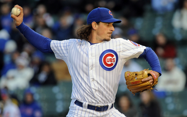 Jeff Samardzija thinks the front office should stay out of pitch limit matters.