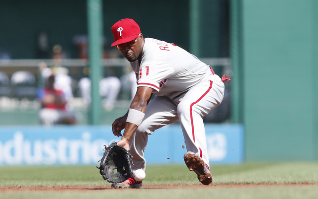 Jimmy Rollins is officially under contract for the 2015 season.