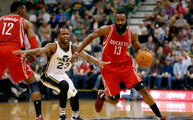 Jazz fan uses flashlight to distract James Harden, gets 1-year NBA ban