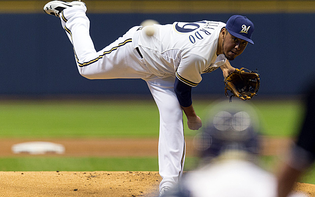 Yovani Gallardo's sketchy work recently may be hurting the Brewers' hopes for his trade value. (USATSI)