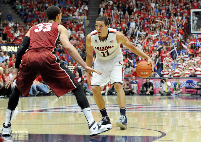 Aaron Gordon put forth a dominant performance against Stanford. (USATSI)