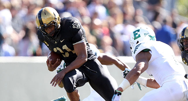 Army's Terry Baggett breaks a tackle against Eastern Michigan. (USATSI)