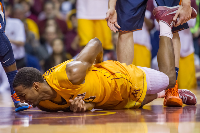 Austin Hollins and Minnesota suffered a bad loss to Illinois. (USATSI)