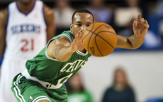 Avery Bradley may not be able to steal an extension before the deadline. (USATSI)