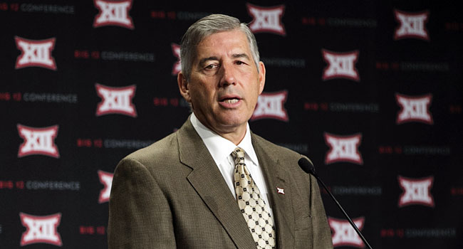 Big 12 commissioner Bob Bowlsby hosted a two-hour session in New York City. (USATSI)