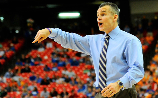 Billy Donovan wants the age limit to go down.  (USATSI)