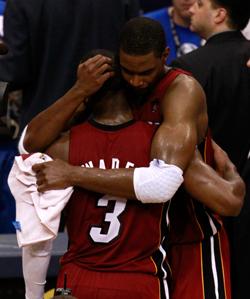bosh-wade-hug