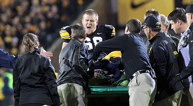 Iowa's Brandon Scherff broke his fibula against Penn State in 2012. (Getty)