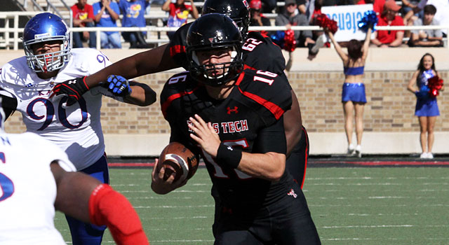 Michael Brewer is expected to make huge strides as a full-time starter at quartersback. (USATSI)