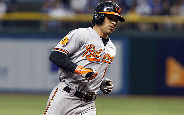 Brian Roberts will enter the Yankees' infield mix for 2014.
