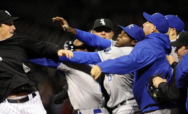 White Sox, Royals fight after Yordano Ventura-Adam Eaton staredown
