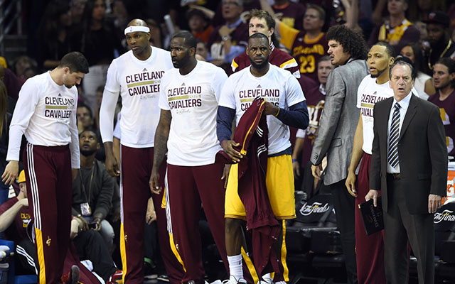 2015 NBA Finals: Game 5 is time for David Blatt to explore deeper rotation
