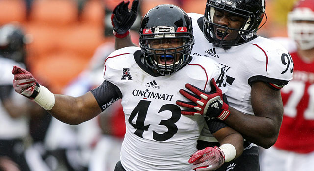 Linebacker Nick Temple is back for his senior season at Cincinnati. (USATSI)