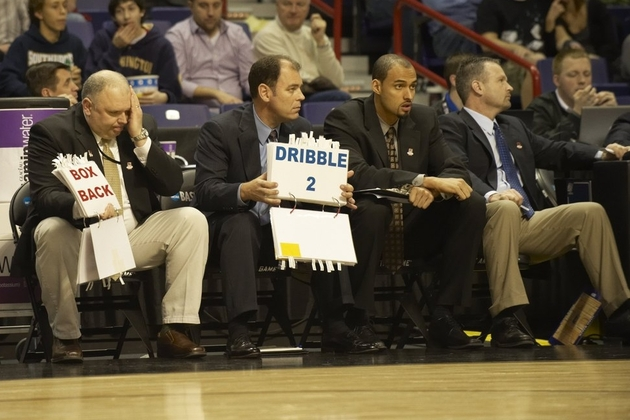 Flashcards help Utah State coaches control the game.