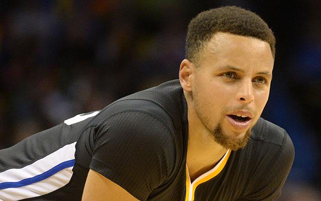 Stephen Curry put on a show vs. the Thunder. (USATSI)