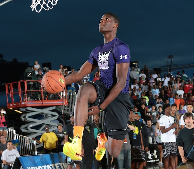 Danjel Purifoy committed to Auburn during the Elite 24 dunk contest on Friday. (Kelly Kline/Under Armour)