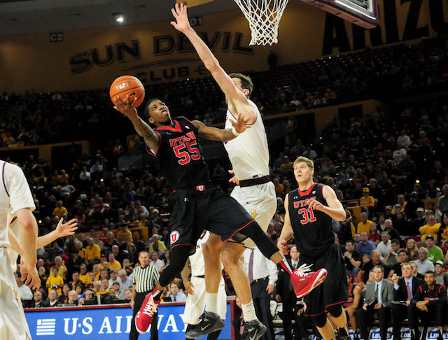 Delon Wright has been one of the best players in the Pac-12; can he keep Utah close against Arizona? (USATSI)