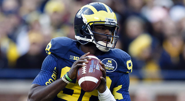 Devin Gardner will look to improve on throwing 21 touchdowns and 11 interceptions in 2013. (USATSI)