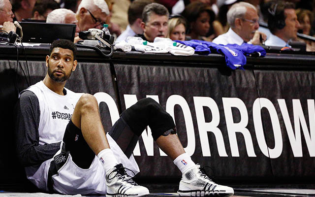 33afbc4e93f Tim Duncan s former teammate and friend believes he won t retire ...