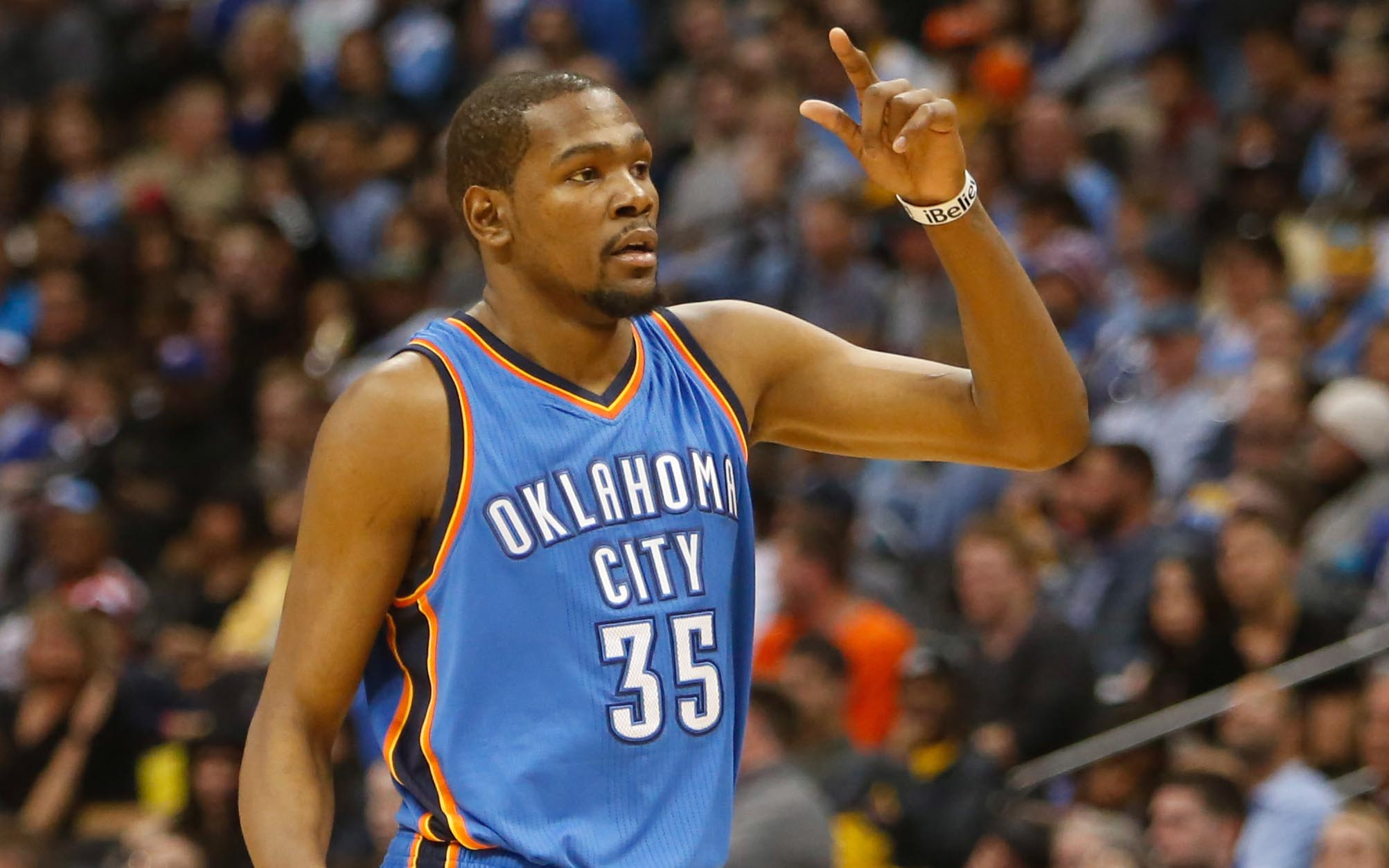 Kevin Durant still thinks he's the best in the world.  (USATSI)