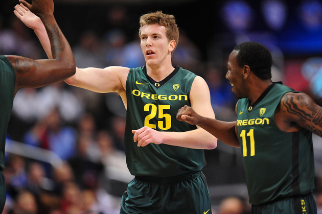 E.J. Singler looked like his brother Kyle in the Pac-10 quarterfinals.