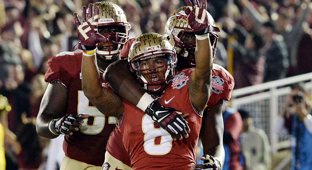Florida State's Devonta Freeman scores to cut the lead to 21-10 before halftime. (USATSI)