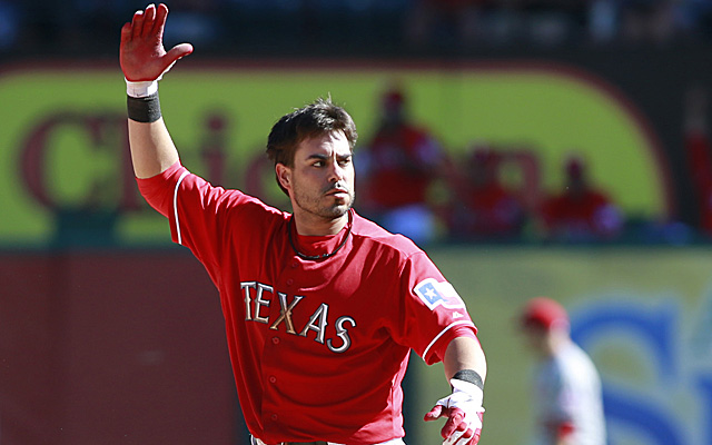 Geovany Soto will remain with the Rangers, likely as a backup.