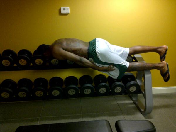 gilbert-arenas-planking.jpg