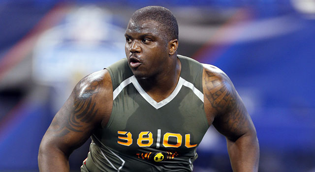 Auburn's Greg Robinson had a fantastic combine, running a 4.92 in the 40. (USATSI)