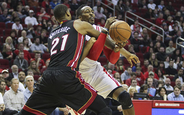 2014229e6 Dwight Howard and Hassan Whiteside are both difficult to trade. (USATSI)