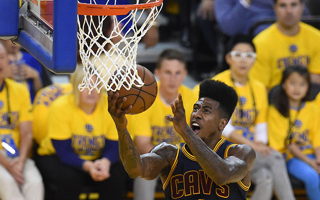 Cavaliers' Iman Shumpert to miss 12-14 weeks after wrist surgery