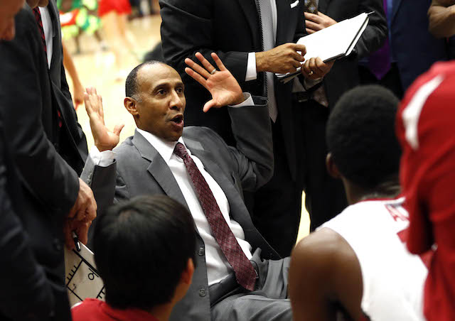 Johnny Dawkins and Stanford need to get a marquee win before Pac-12 play begins in a couple weeks. (USATSI)